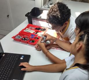 Educación Tajín: Ingenieros del futuro